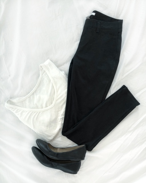 BLACK JEGGINGS FROM AMZON PRIME